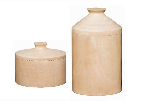 Mango wood pots.