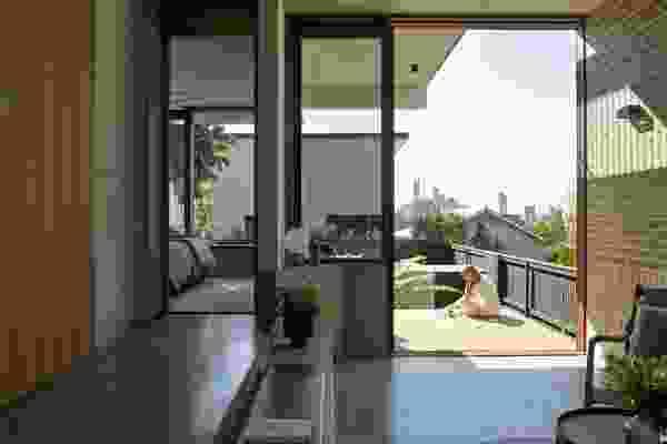 Owner-Builder Bobby Coulston希望在帕丁顿的城市景观。