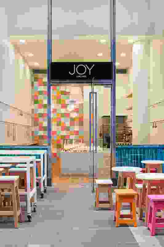 Joy Cupcakes by Mim Design with Diadem.