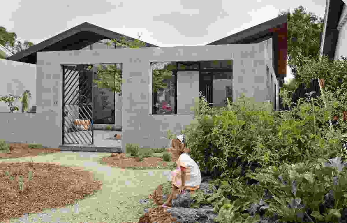 Fairfield Hacienda, Fairfield by MRTN Architects.