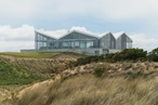 Crown on the dunes: Panopticon House