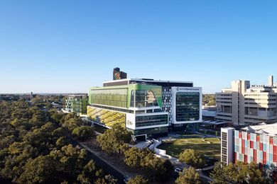 Perth Children's Hospital by JCY Architects and Urban Designers, Cox Architecture and Billard Leece Partnership with HKS Inc.