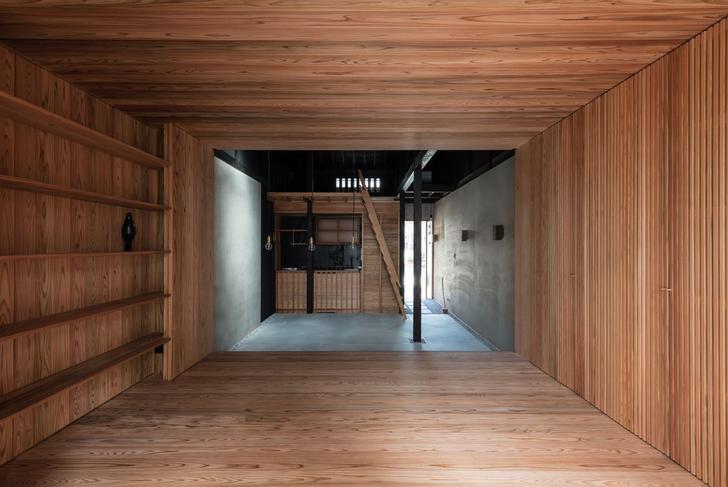 Kyoto Terrace House by Atelier Luke.