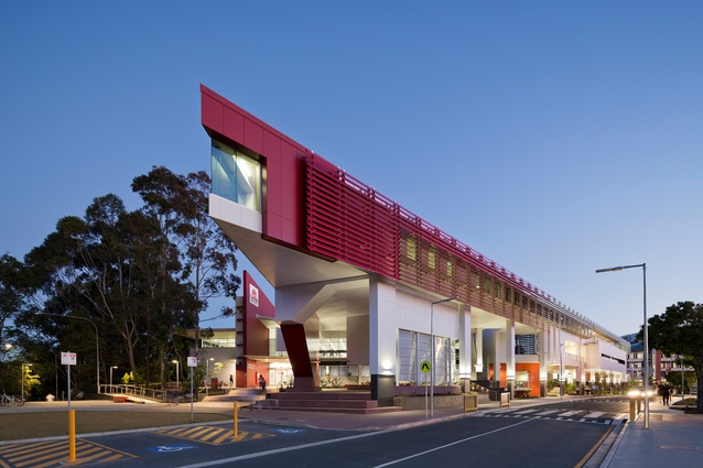 Griffith University (G11) Learning Commons by ThomsonAdsett.