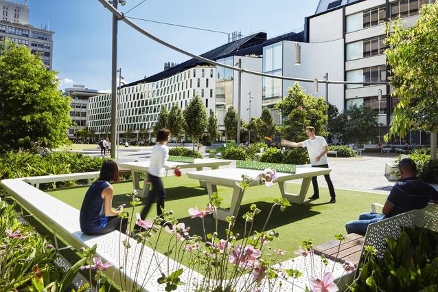 UTS Alumni Green by Aspect Studios, University of Technology Sydney.