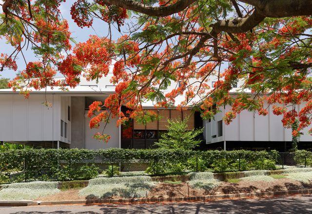 约翰·埃尔韦建筑师设计的三栋房子
