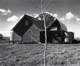 Nicholas farm house, Mt Irvine, NSW, 1977-80. Image: Max Dupain.