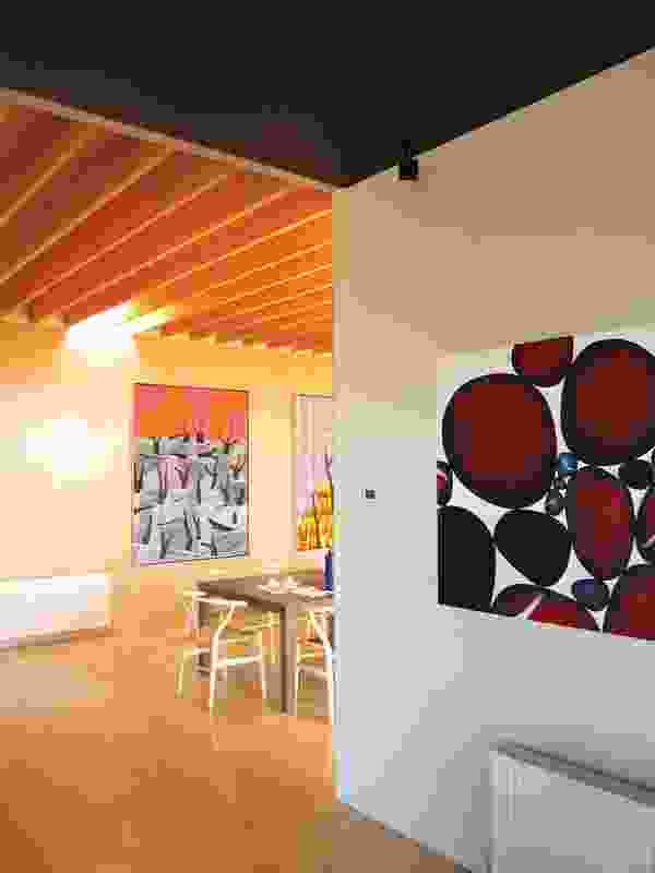 Rural Villa (2008): view into the central dining area, which serves as a gallery.