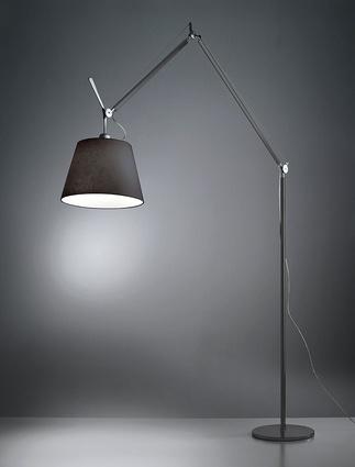 Black Tolomeo Mega Terra floor lamp.