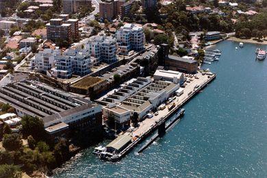 HMAS Platypus in 1990.