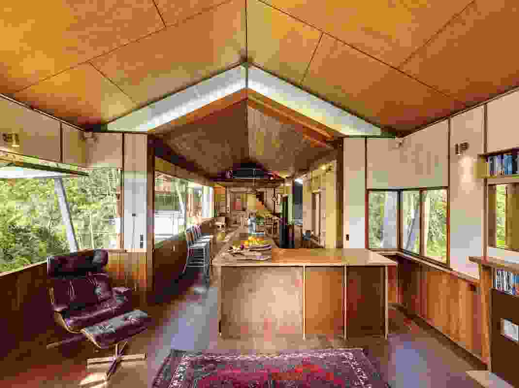 The summer room embodies the experience of eschewing comfort for life in the treetops.