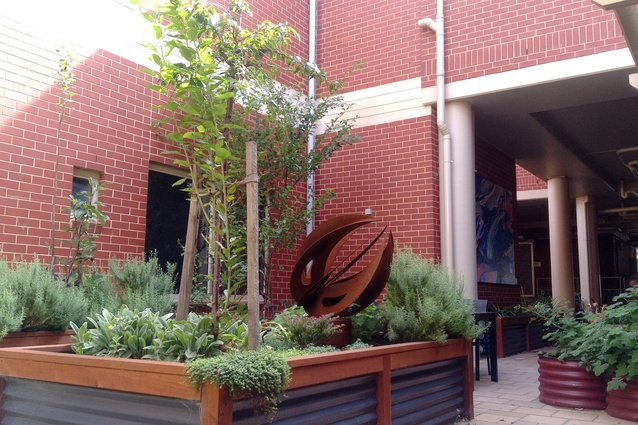 Mary Potter Hospice Healing Garden by DesignWELL Landscape Architects.