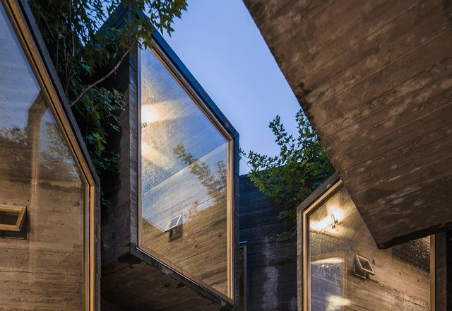 Beijing hutong hostel by Zao/Standardarchitecture.