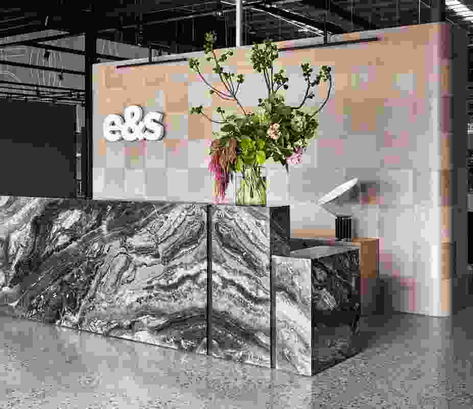 E and S Showroom by Mim Design.