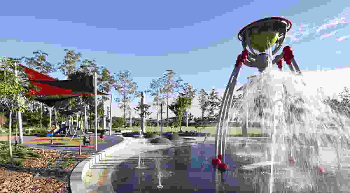 Regional playground incorporating both wet and dry play adjacent to events lawn, provide opportunity for organised intergenerational play within the community entertainment precinct.