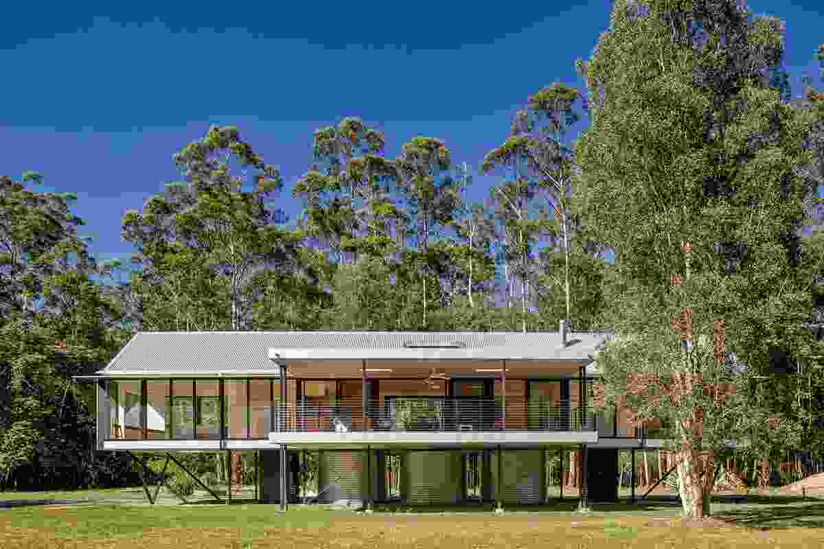 Platypus Bend House by Robinson Architects.