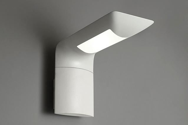 Hila wall lamp.