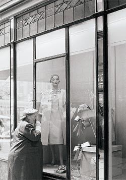 Queens Arcade – 5, 1957.