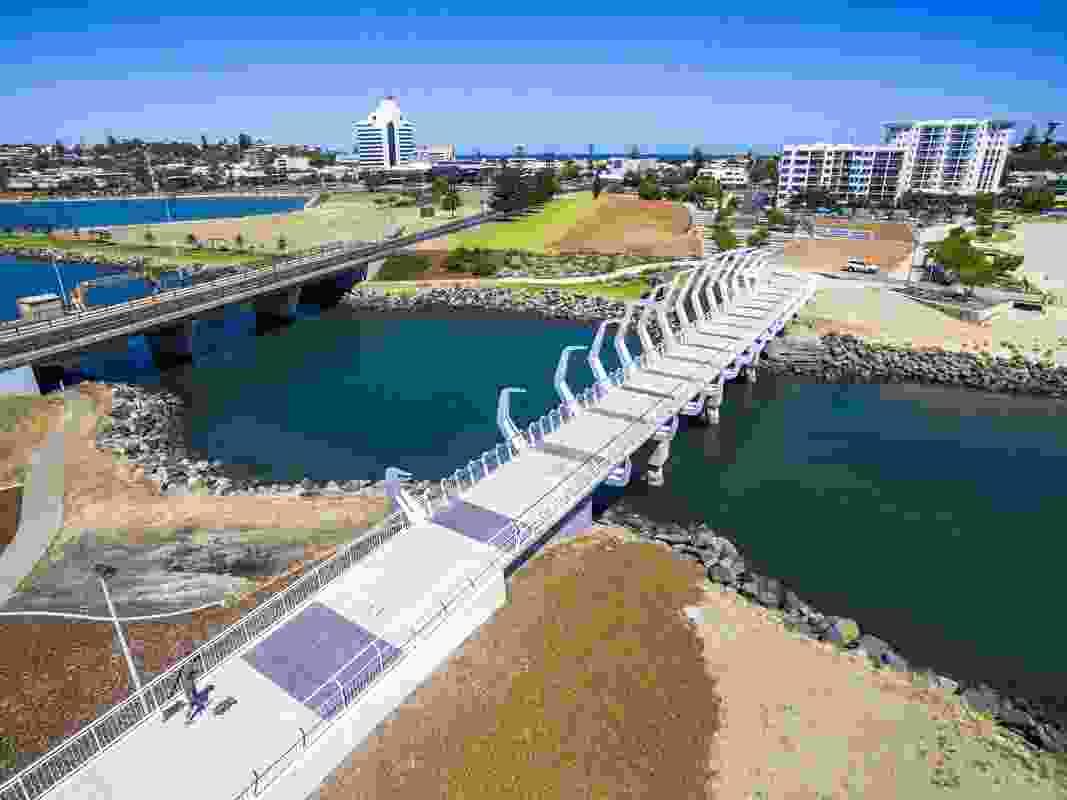 Koombana Bay Pedestrian Bridge by Gresley Abas.