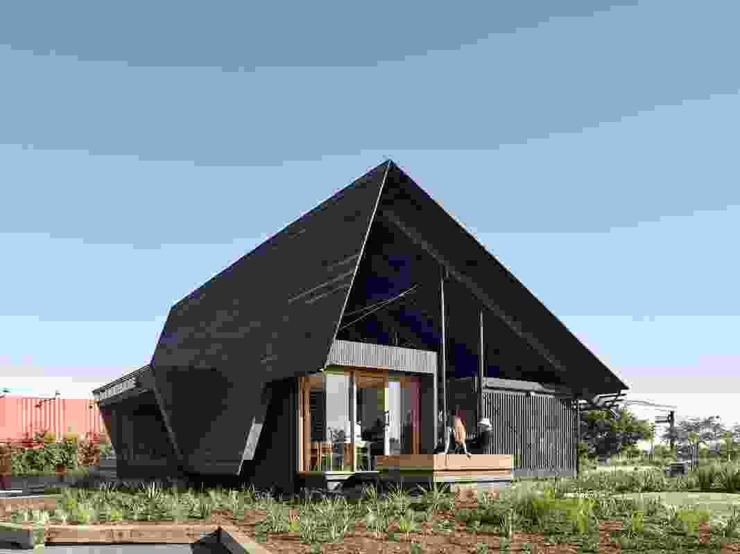 Northshore Pavilion by Anna O'Gorman Architect