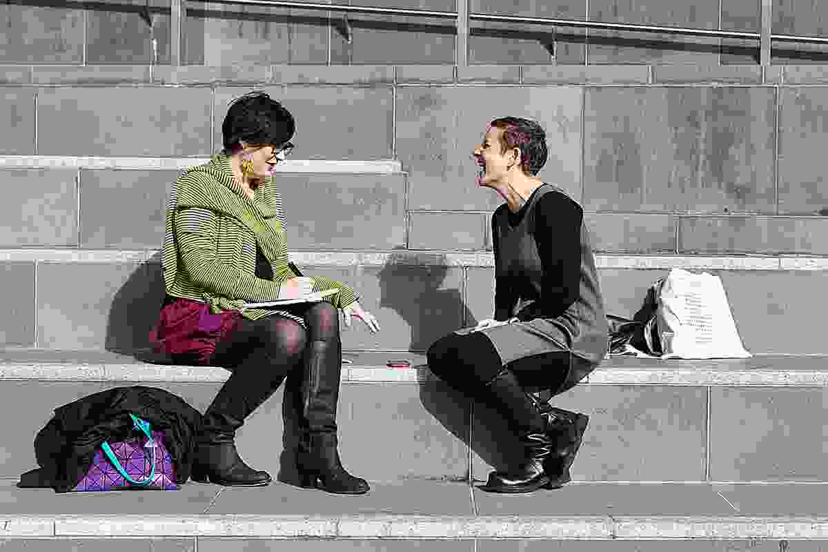 Tania Davidge (Left) talks to Lori Brown at the 2013 Parlour Symposium.