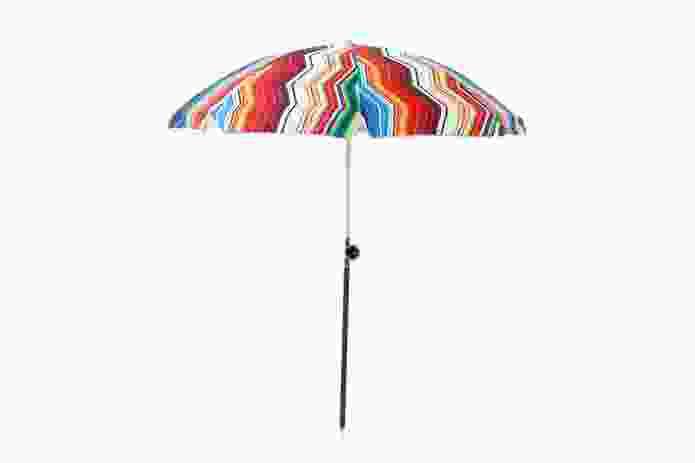 Mi Casa Su Casa sun umbrella by Mike Durante for Basil Bangs.