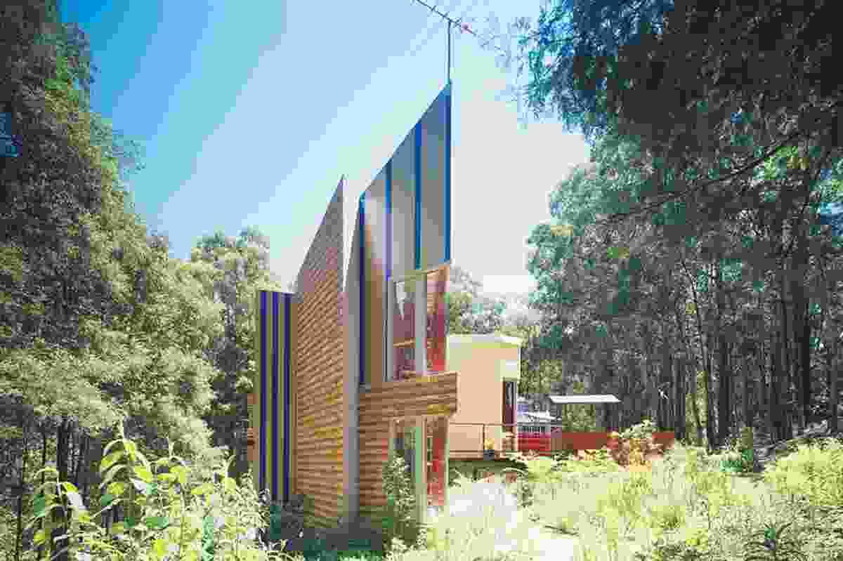 Athan House, Monbulk by Edmond and Corrigan,1986–88.