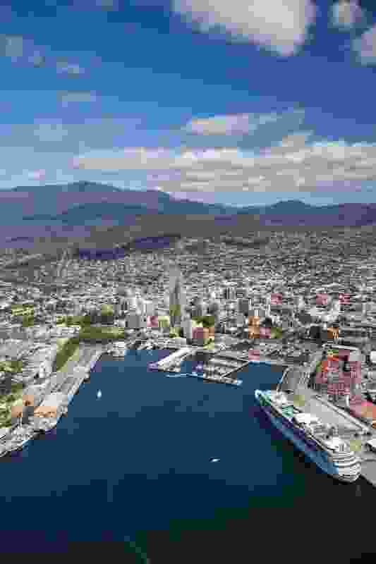Aerial view of proposed hotel in central Hobart, by Xsquared Architects.