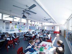 N°9 Classroom.