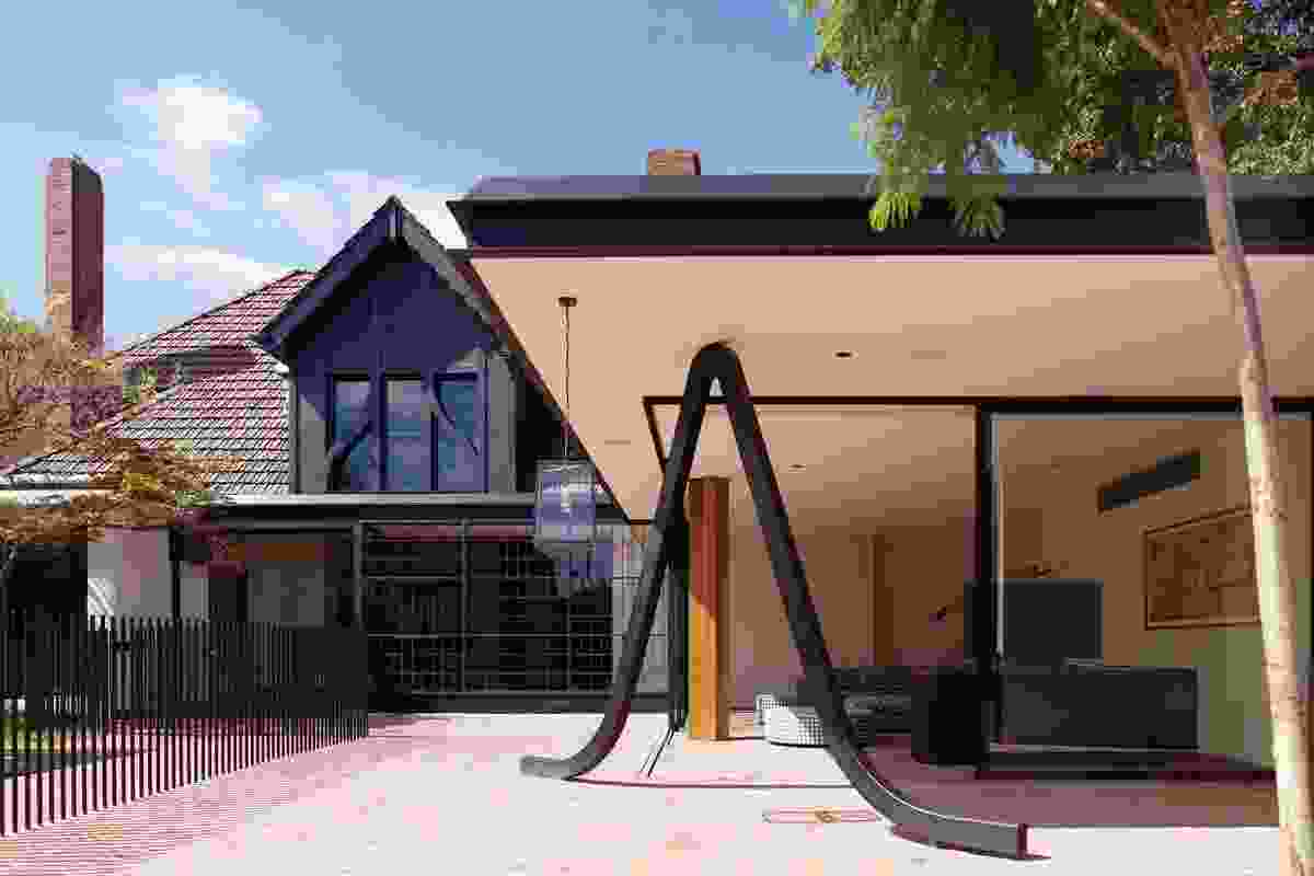 House Alteration and Additions over 200m² – Stockbroker Tudor House by Kennedy Nolan Architects 
