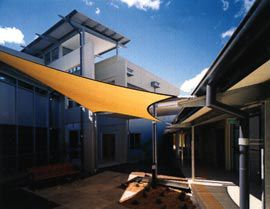 Courtyard view of the mental health unit at the Cairns Base Hospital by Hassell. Photograph Robert Gray.
