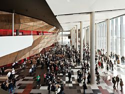 Delegates mill in the foyer of the new Melbourne Convention Centre, designed by NHArchitecture in joint venture with Woods Bagot. Parallax was the first public event at the new venue.Photography Peter Bennetts.