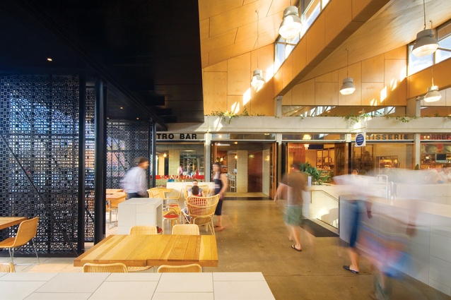 Small to modest commercial scale projects remain the backbone of exemplary Gold Coast architecture. Ferry Road Market by Cox Rayner Architects and Planners won the Australian Institute of Architects Beatrice Hutton Award for Commercial Architecture in 2007.