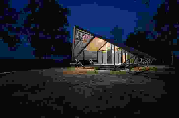 Fish River Accommodation by Design Construct, School of Art Architecture and Design, University of South Australia.