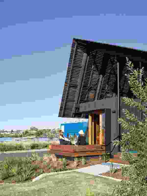 The folded timber canopy roof references the sheds used locally to house water vehicles along the neighbouring banks.