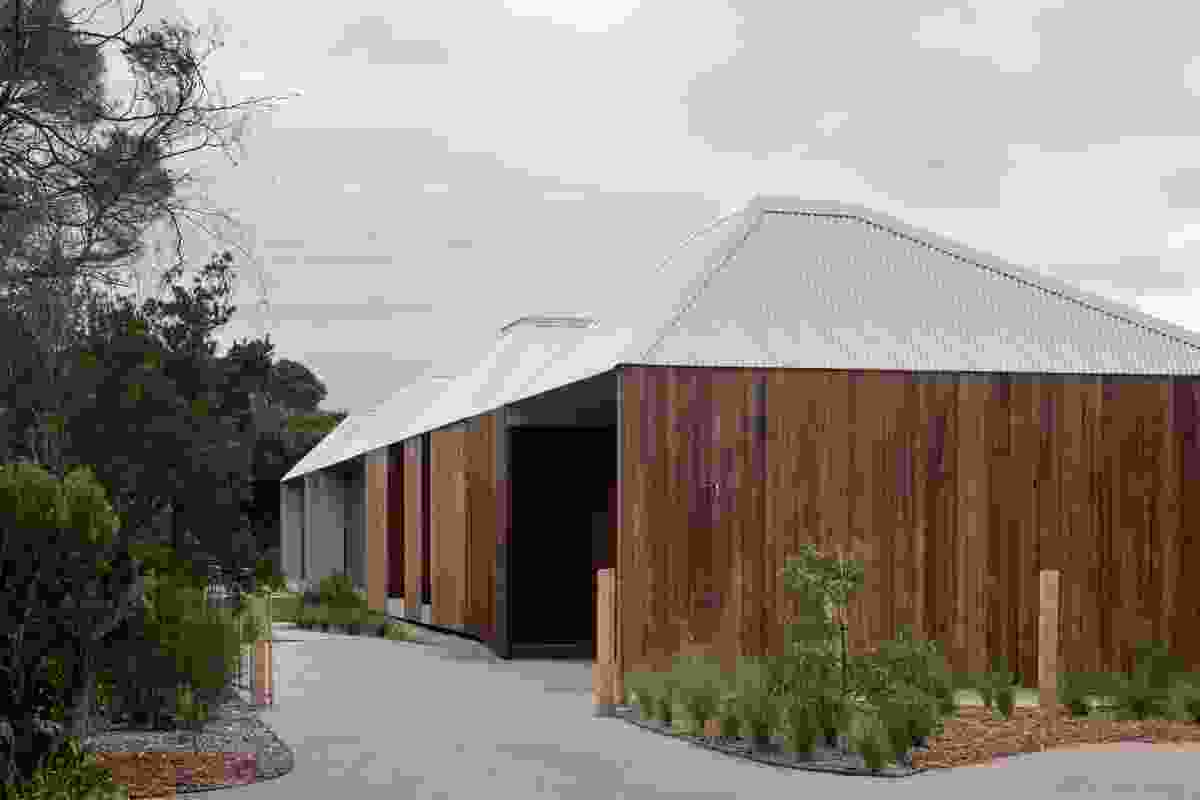 Point Lonsdale House by Edition Office.