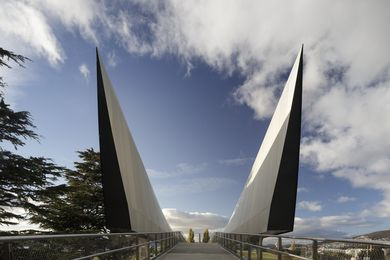 Bridge of Remembrance by Denton Corker Marshall.
