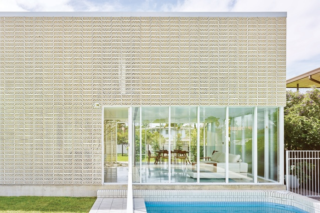 Naranga Avenue House (2016), Florida Gardens, by James Russell Architect.