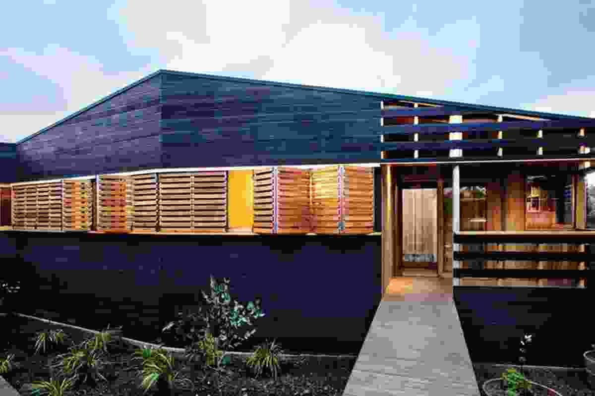 Irvine/Ivanhoe House (2008).