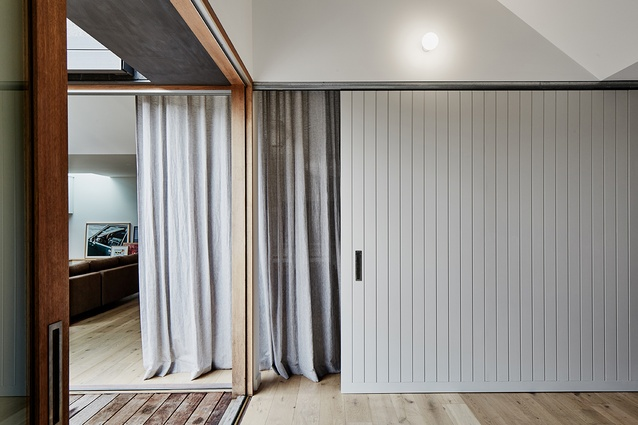 Flexibility is inbuilt into the extension, with different levels of separation between spaces provided.