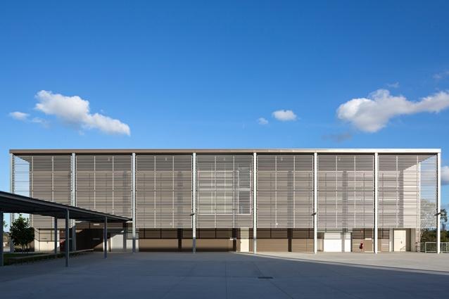 ELF 2B – Enhanced Land Force Stage 2 Phase 2B Gymnasium and Pool by BVN Conrad Gargett.