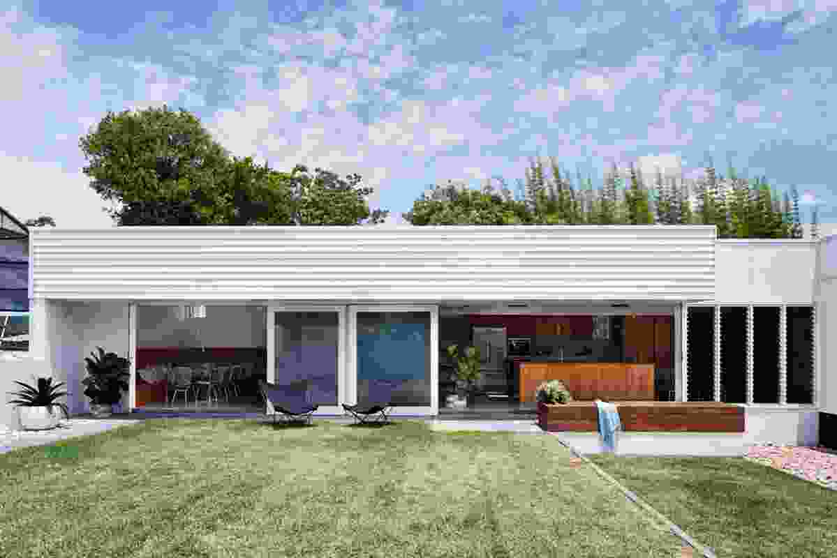 Camp Hill Extension by Nielsen Workshop and Morgan Jenkins Architecture.