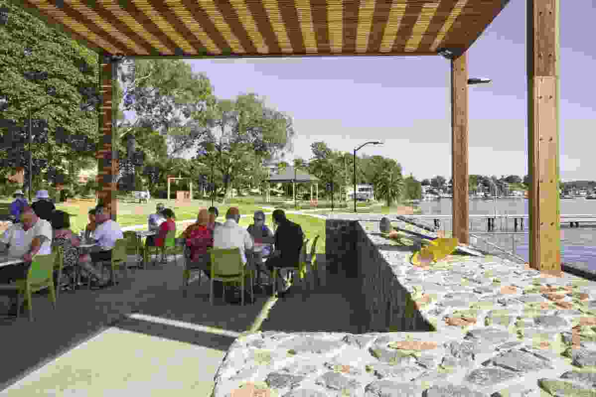 Toronto residents enjoy the new cafe and the lake views.