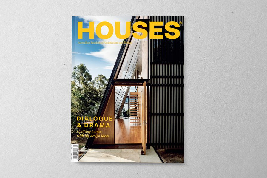 Houses 126. Cover project: Apollo Bay House by Dock4 Architects.