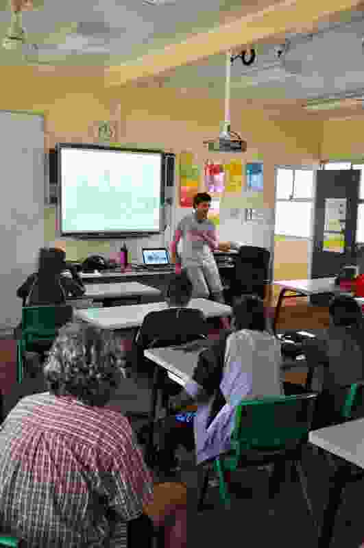 Macmath presenting his project to Warburton Primary School students.