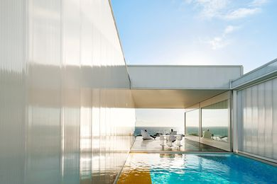 Villa Marittima, St Andrews Beach by Robin Williams Architect.