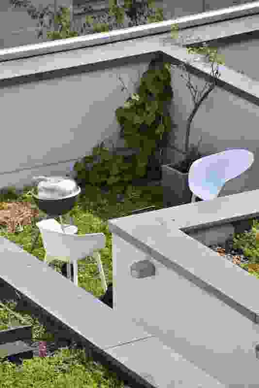 Rooftop of Ze05 Baugruppe housing project by Zanderroth Architeken.