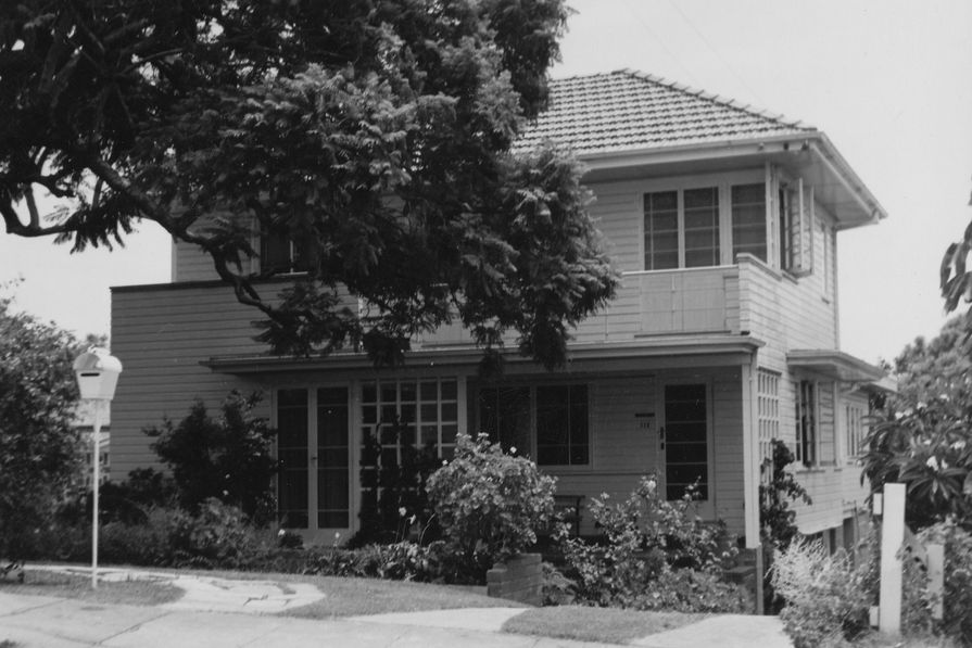 This house was designed by architect Frederick Bruce Lucas as his own residence in 1941.