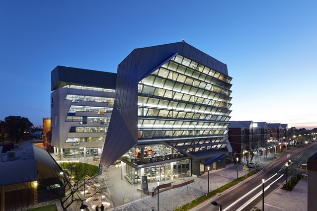 Jeffrey Smart Building, University of South Australia (SA) by John Wardle Architects in association with Phillips/Pilkington Architects.