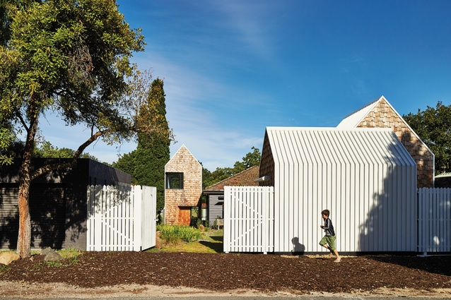 The sense of permeability of the site extends beyond the house and into the neighbourhoood.